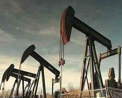 End oil export ban, US companies say