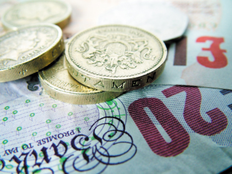 Unsecured debt in the UK rises to £349 billion, average household owes £12,887
