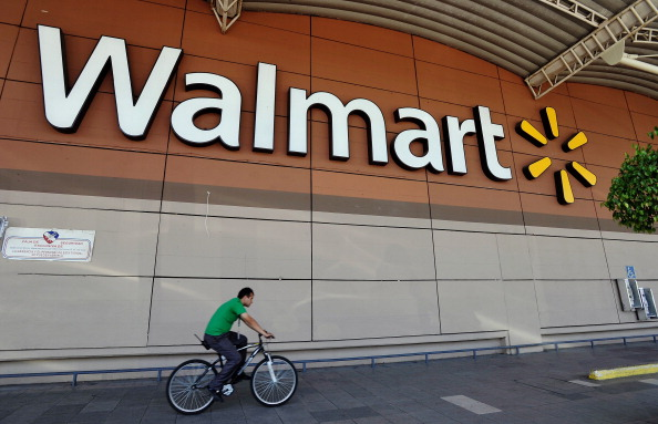 Wal-Mart affects crime rates negatively