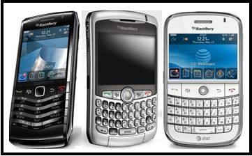 The Pearl 8100 (left), Curve 8300 and Bold 9000 (right).