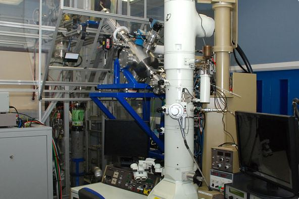 MIAMI electron miscoscope