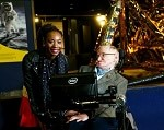 Hawking and Uyanwah at the Science Museum