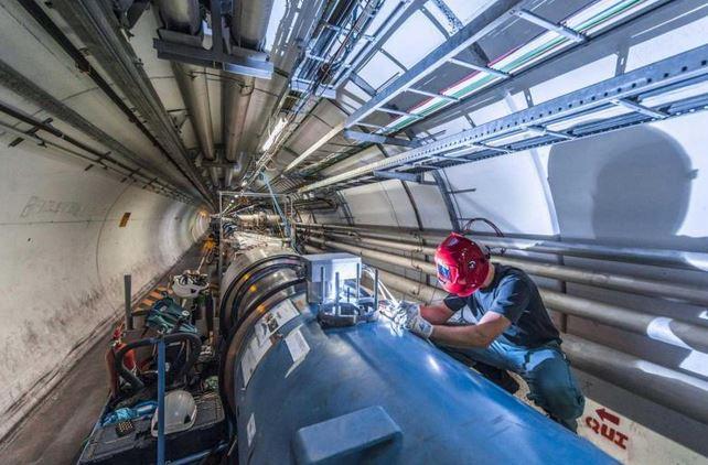 LHC welder