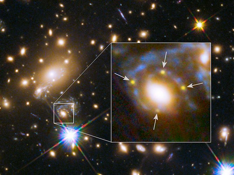 Supernova gravitational lens