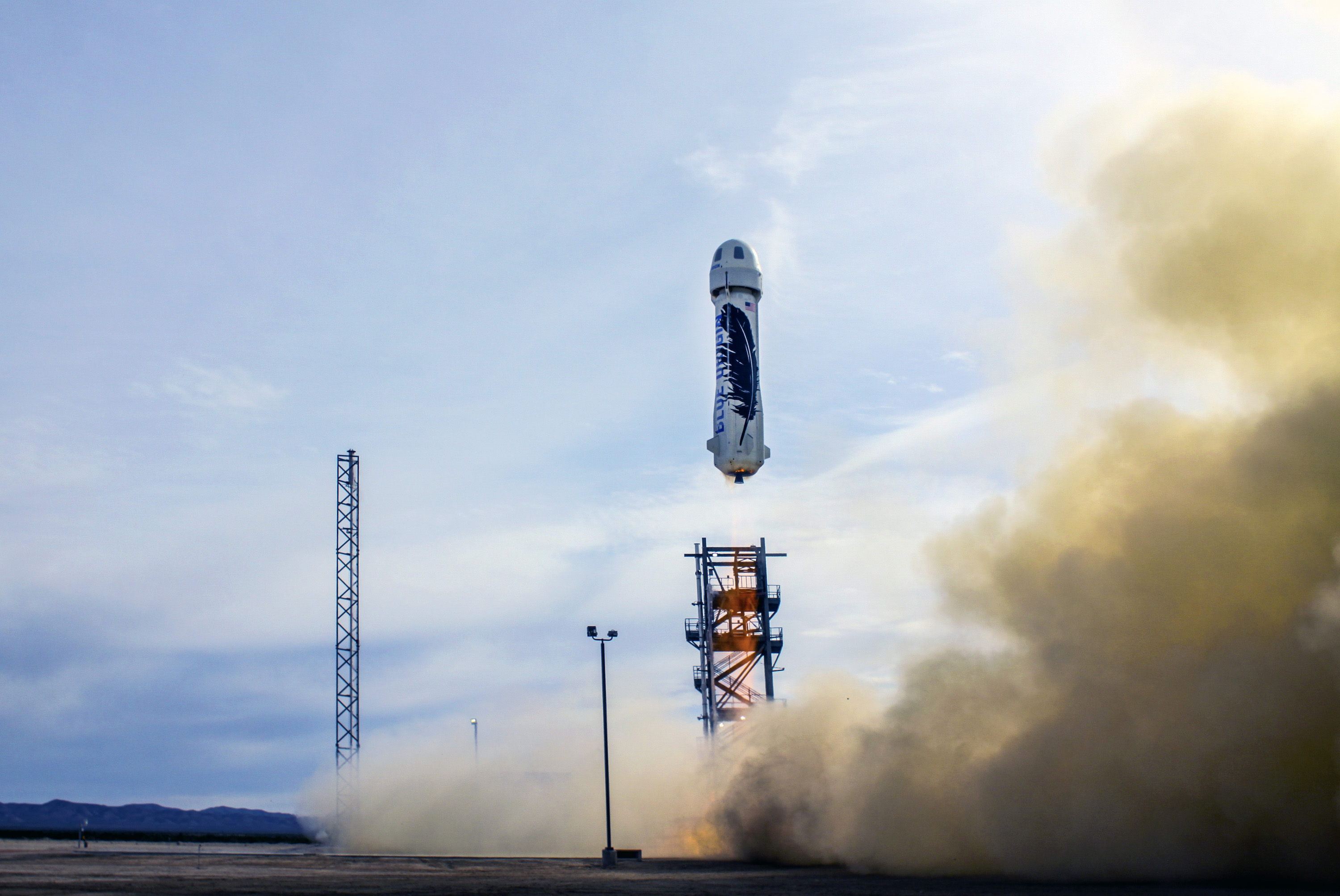 Blue Origin re-usable spaceship launch