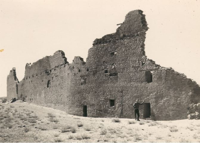 Back wall of Pueblo Bonito