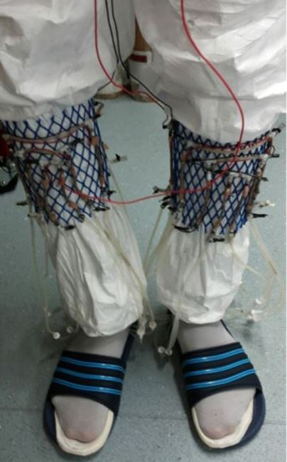 Wearable urine socks that generate electricity