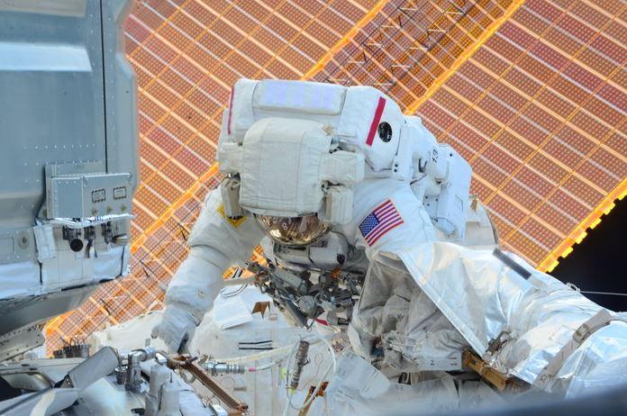 ISS Spacewalk December 2015