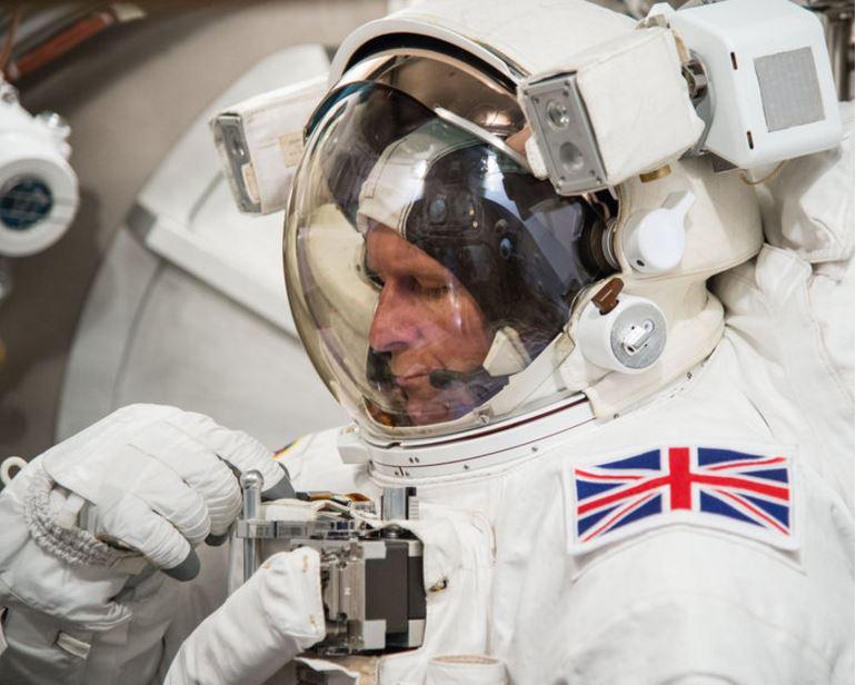 Major Tim Peake preparing for spacewalk