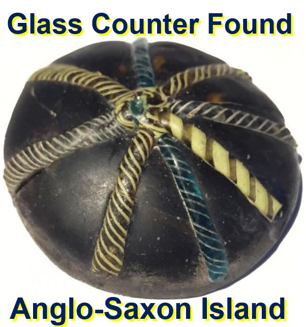 Glass counter found at Anglo Saxon Island