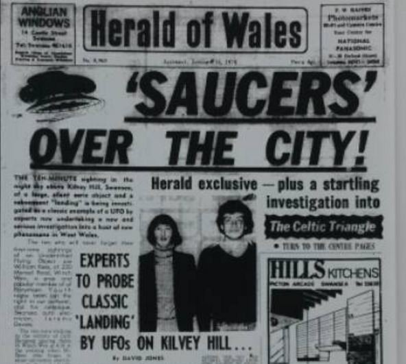 Flying saucers over Swansea