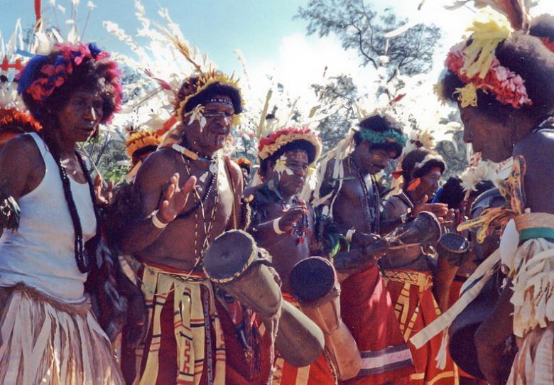 Papuans were closely related to Aboriginal Australians