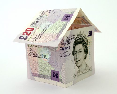 reform UK taxes - house of £20 notes