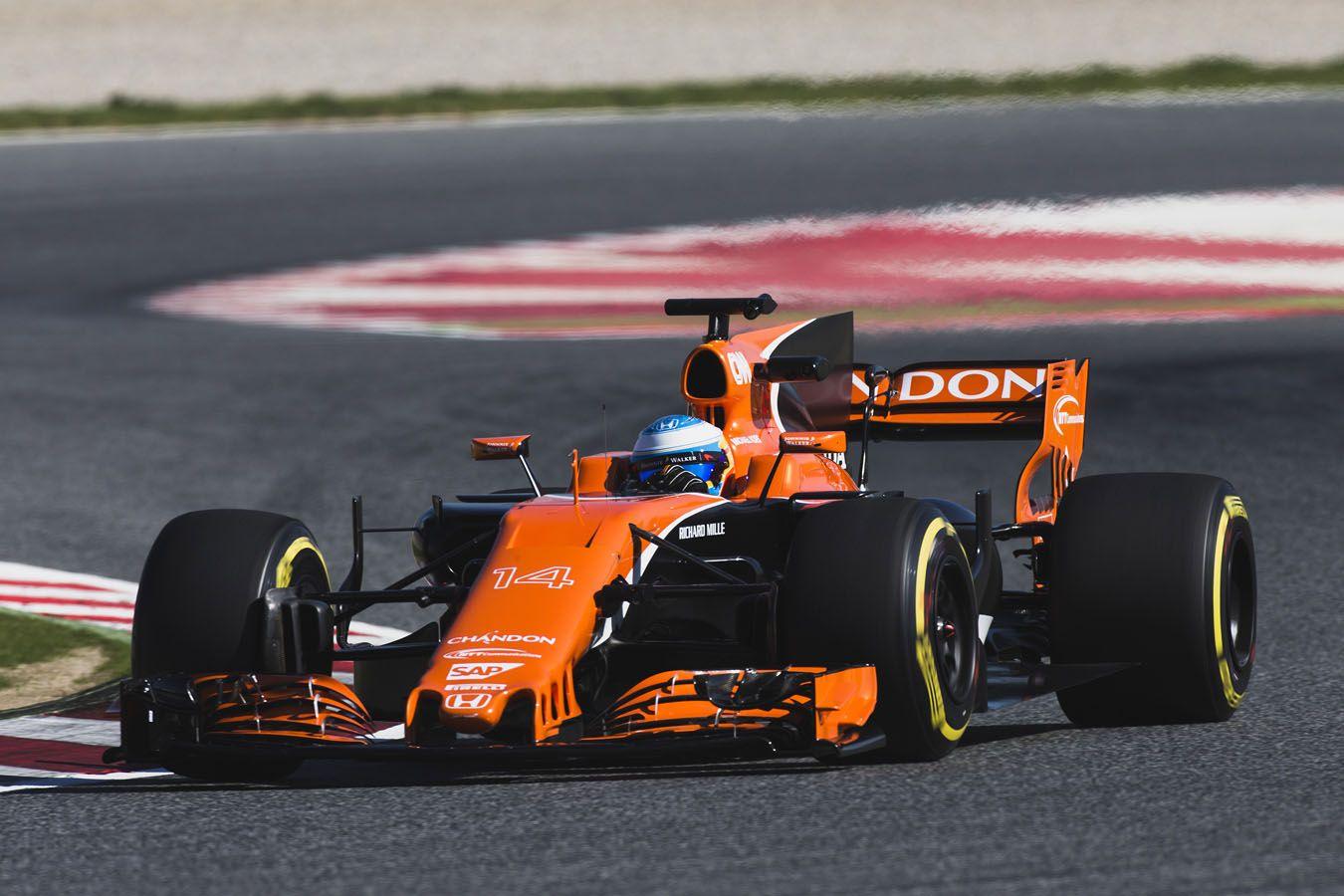 MCL32_McLaren