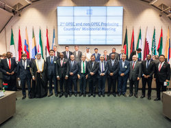2nd OPEC and non-OPEC Ministers meeting group photo 250x188