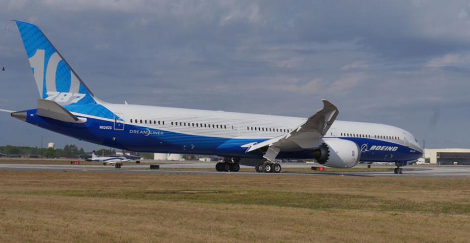 Boeing_787_10_Dreamliner