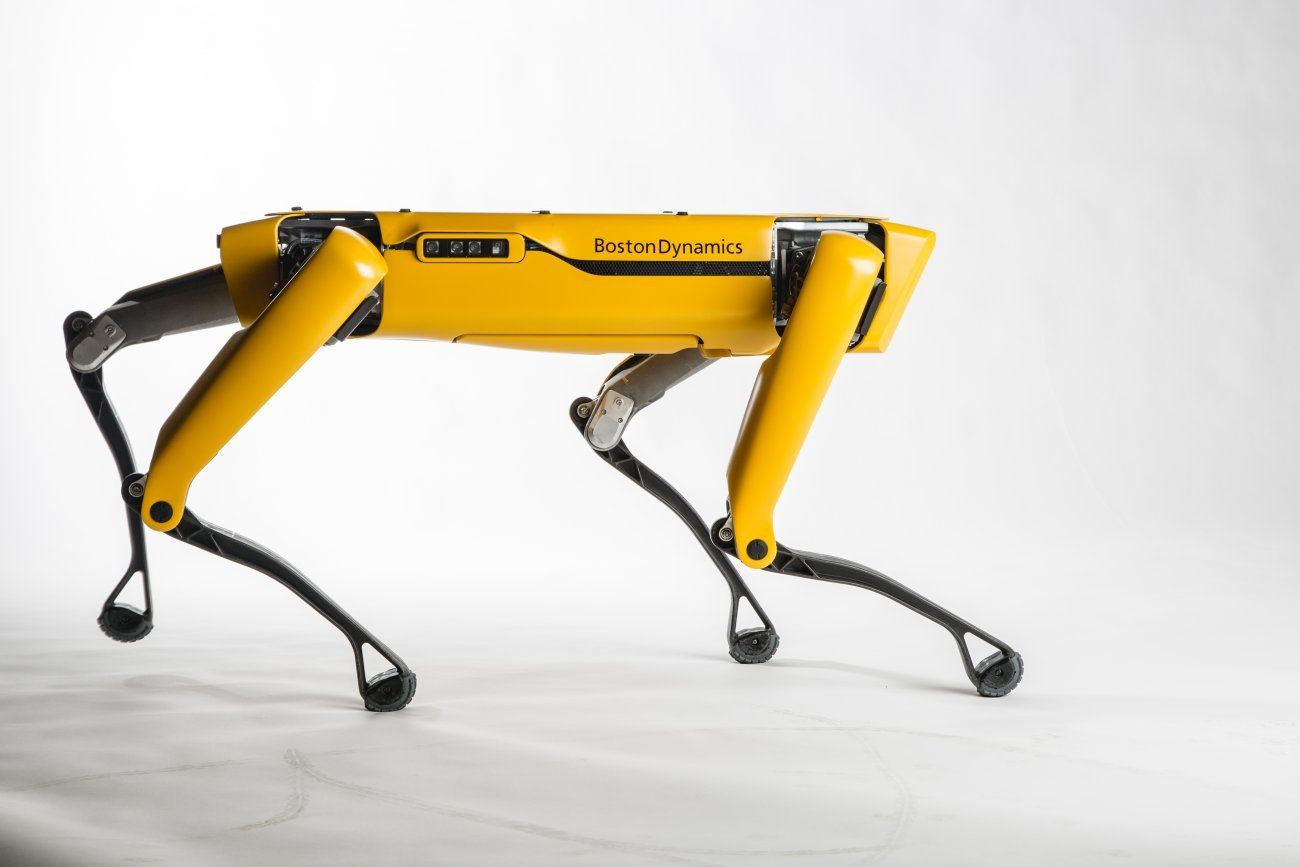 Boston Dynamics shows off running robot