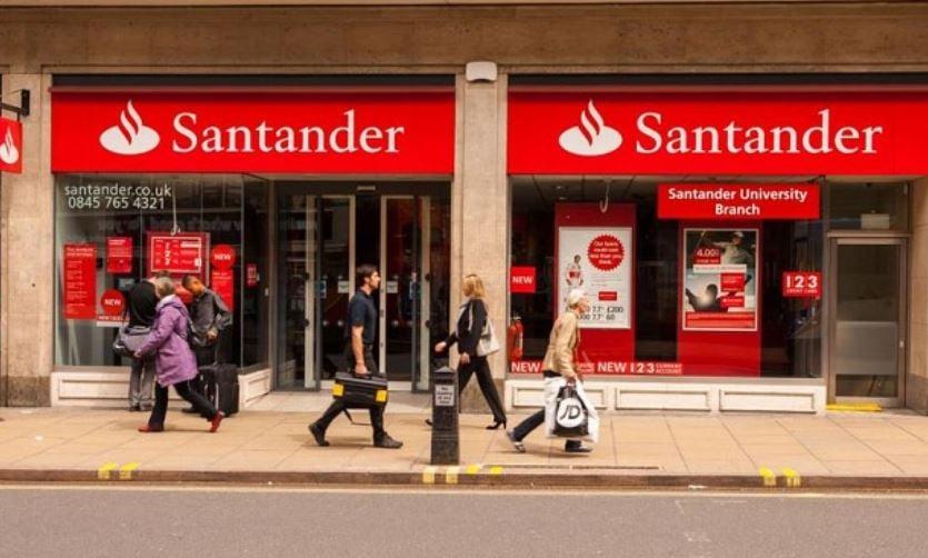 Santander UK closing 140 branches