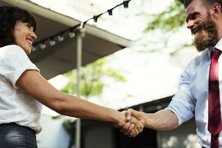 Handshake image 4993992993994993992